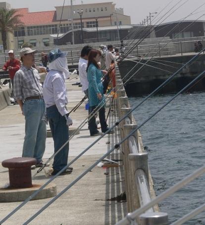 fishing harbour kobe (1)