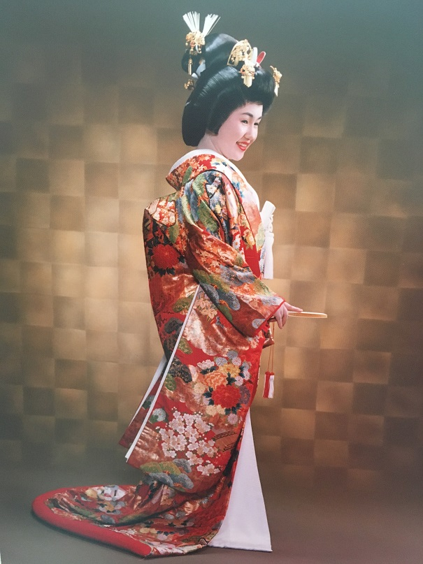 not iki, traditionell style of a beautiful girl